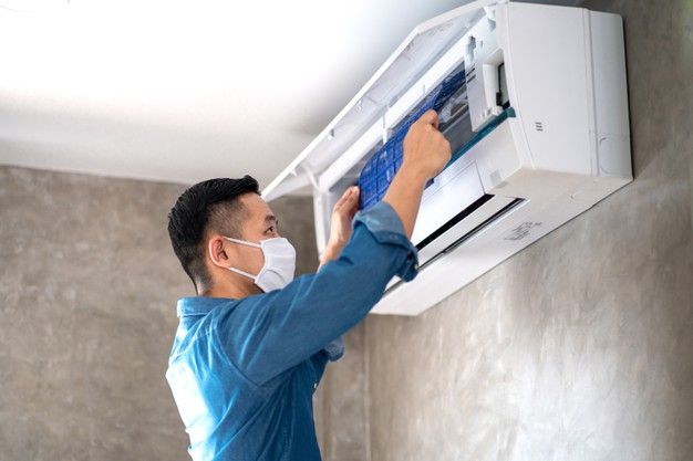 technician man repairing cleaning maintenance air conditioner 101276 185